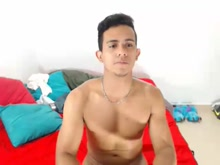 Watch atleticoguy's Cam Show @ cam4 07/01/2017